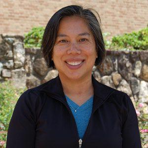 Portrait of Jennifer Wu.
